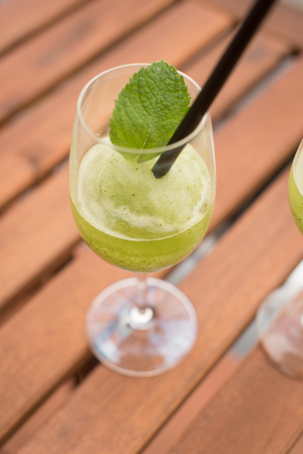Hugo-Slush-Thermomix-elegant-kochen-sommer-getraenk-alkoholfrei